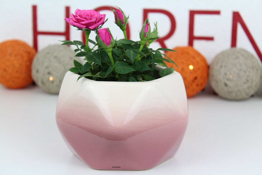 Depot Vase