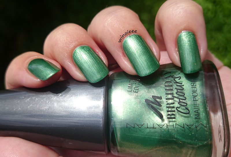 Manhattan Green Bow