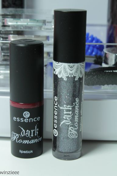 essence dark romance Lippen